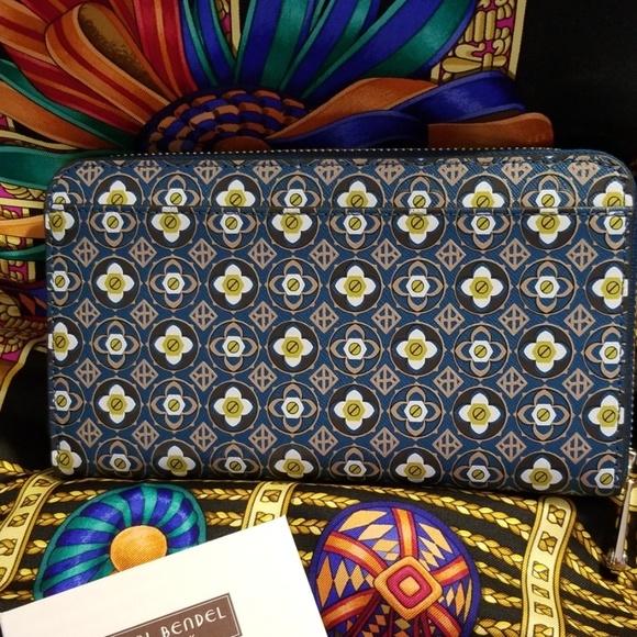 df1631dc0 henri bendel Bags | Nwot Claremont Wallet Blue | Poshmark